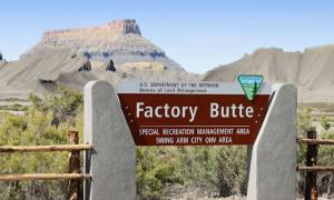 IMG 0663-A-FactoryButte72